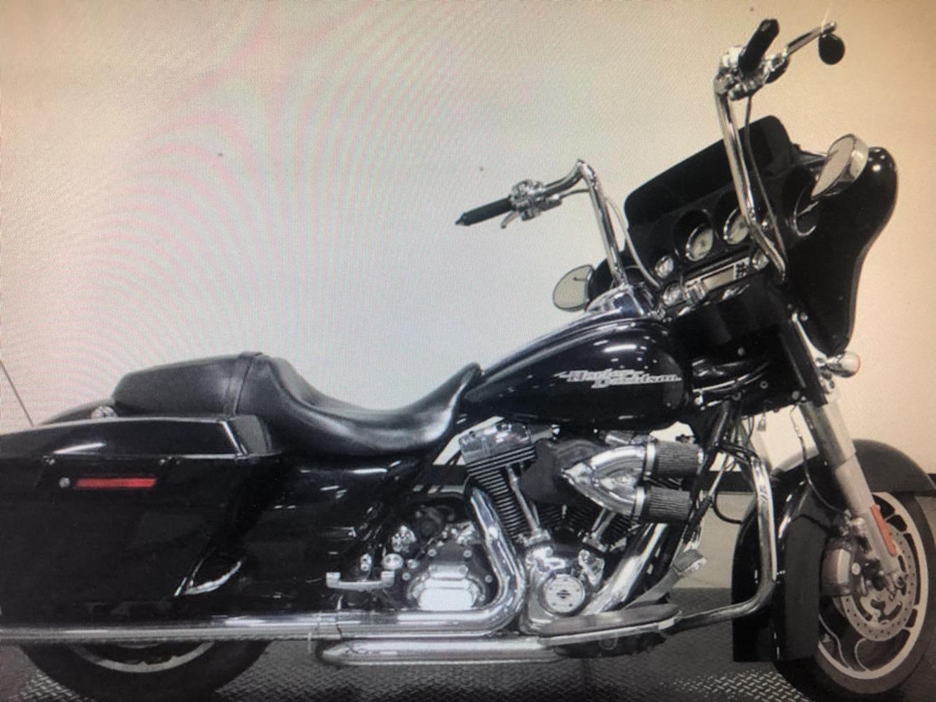 2011 Harley-Davidson® FLHX-103 STREET GLIDE
