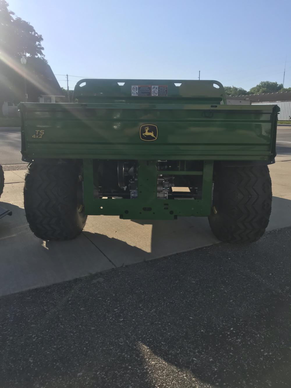 2019 John Deere GATOR, TS 4X2