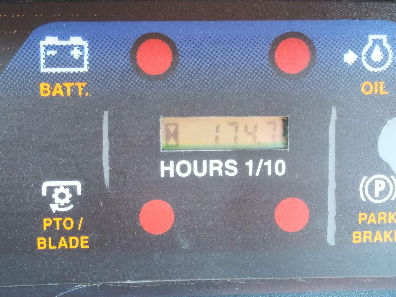 Cub Cadet LTX 1040 Lawn Tractor