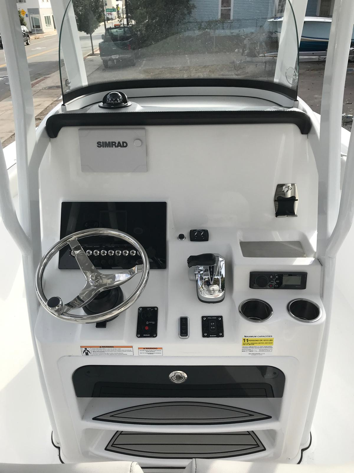 2019 Sea Pro 239 Deep V Series Suzuki DF300APX 4-Stroke Shark Skin