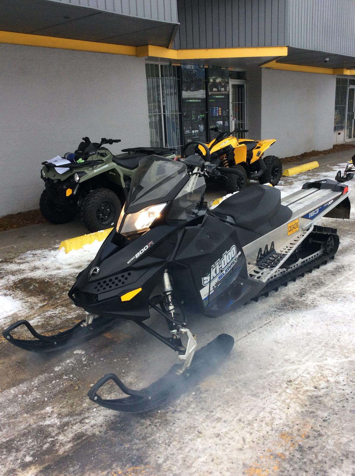 2011 Ski Doo Summit Everest 800r Power T.e.k. 163