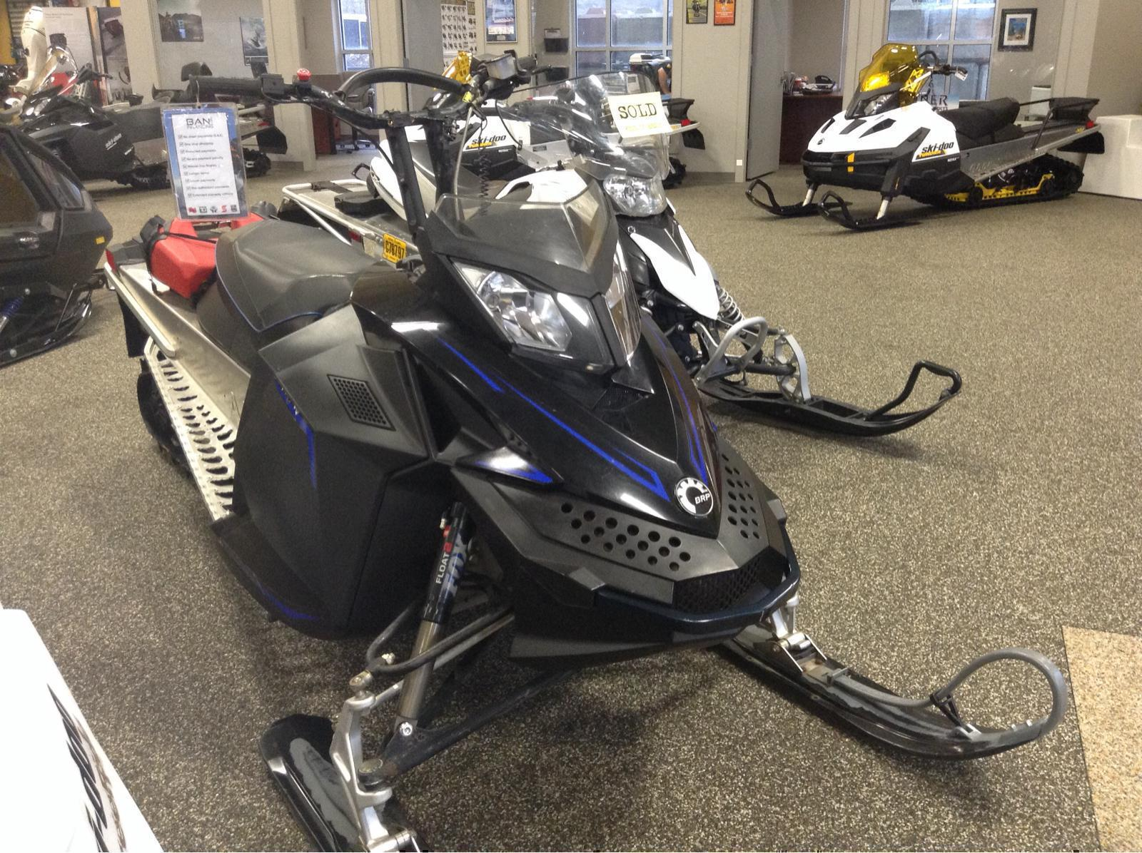 2009 Ski Doo Summit X 146 800r