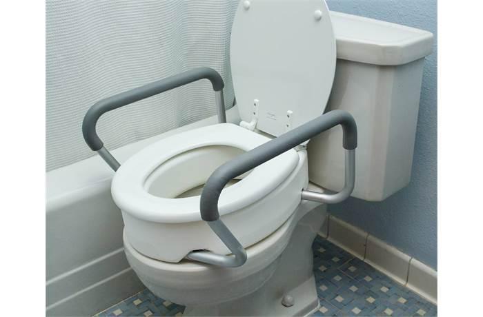 Toilets in Bath