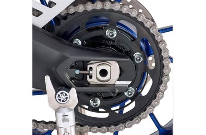 Street Bike Chain Adjusters in Driveline