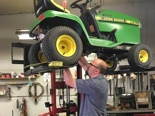 Service Department Art's Lawn Mower Shop Florissant, MO (314) 741-1055