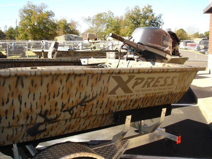 Deal of the Week     Xpress HD16 DDP Carolina Special Duck Boat