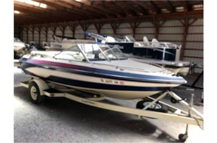 In Stock New And Used Models For Sale In Milton Pa Robbins Marine