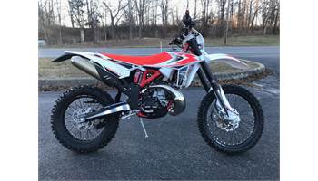 2019 Dirt Bikes from Beta Motorcycles Town & Country Cycle