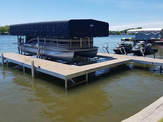 Wilson Marine   Michigan's largest boat dealer   Selling