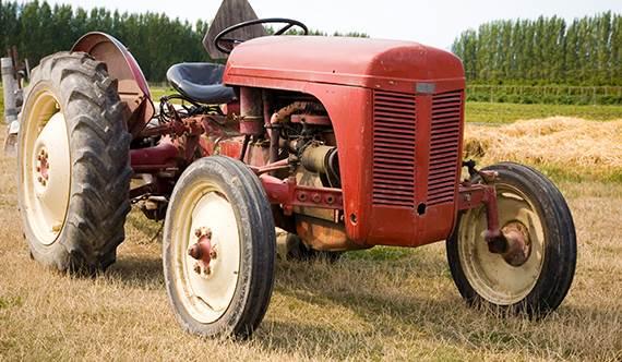 Home Bob's Tractor Parts & Equipment McEwen, TN (615) 879-2045