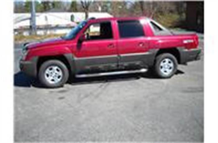 Used Tires Greensboro Nc >> 2004 Chevrolet Avalanche 1500