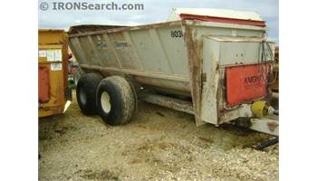 8030 Manure Spreader