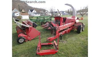 1285 Forage Harvester