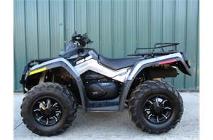 OUTLANDER 650 XT-P 4X4 WITH MANY EXTRAS INCLUDING A WINCH VERY CLEAN TURN KEY MUST SEE