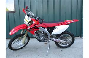 CRF 450X STOCK VERY CLEAN TURN KEY MUST SEE LOOKS GOOD RUNS BETTER