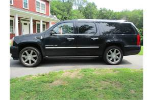 CADILLAC ESCALADE ESV 4D LUXURY AWD FULLY LOADED BLACK ON BLACK
