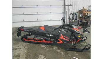 "2014 Summit® X Rotax® E-TEC® 800R 163"" -Matte Black/Red"