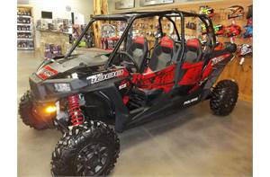 RZR XP 1000 4 EPS-BLACK PEARL