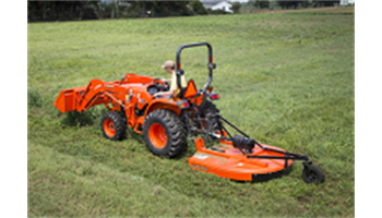 L3901DT 4WD TRACTOR w/ KUBOTA LA525FL Loader and a 5' Land Pride Shredder