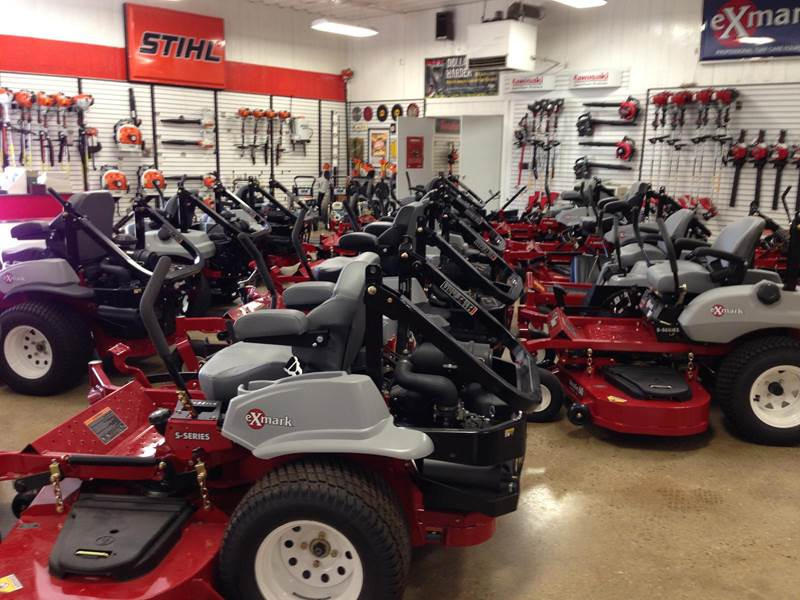 lawn mower mantenance in Franksville, WI