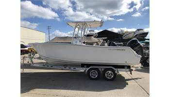 2019 Heritage 231 Center Console