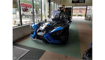 2018 Slingshot SLR - Electric Blue