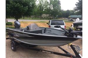 Resorter 151 40HP Yamaha with Trailer NOW ON SALE