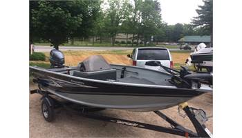 2018 Resorter 151 40HP Yamaha with Trailer