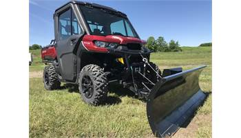 2016 CAN-AM DEFENDER HD8 XT CAB W/ PLOW
