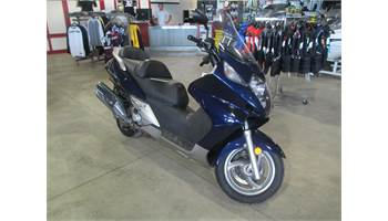 2006 SILVERWING 600