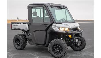 2019 Defender XT CAB HD10
