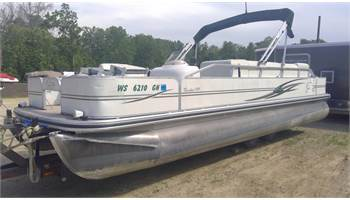 2003 TR244ST Trinidad Suncruiser 4 point fish pontoon w/90hp Mercury four stroke!