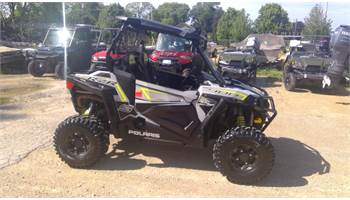 2018 RZR S 900 EPS Ghost Gray,  Ride command, Audio roof, winch, and lots more!