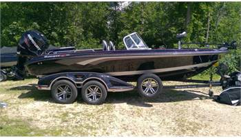 2018 REDUCED! 620FS WT/ 250 Mercury VERADO PRO, 9.9 KICKER LOADED!