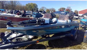 1987 Fish and ski w/135 hp Mariner