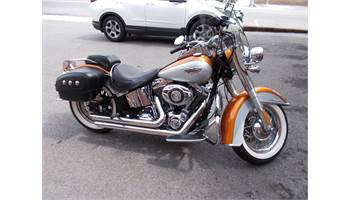 2014 FLSTN Softail® Deluxe - Two-Tone Option