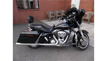 2012 FLHX Street Glide® - Single Color