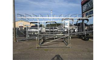 Hewitt 2400 lb. Boat Lift With A 20' Canopy