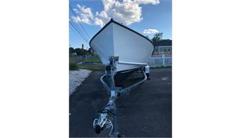 2019 21'  Sportsman Center Console ..  4 Stroke Outboard ..  Trailer