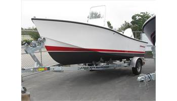 2018 19'  190  Center Console .. 4-Stroke OB ..  Trailer