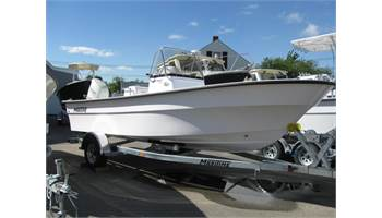2019 21'   Defiant  210 Center Console ..  Suzuki ..  Trailer