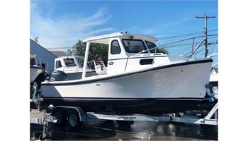 2019 22'  Sisu 220 Hardtop Downeast Cruiser ..  Yamaha ..  Trailer