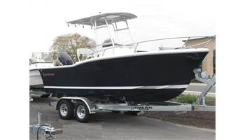 2019 21'   210 Center Console ..  4-Stroke OB ..  T-Top ..  Trailer
