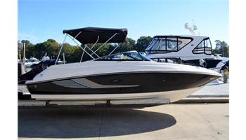 2014 220 Sundeck Outboard