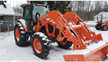 M5-111HDC24, Kubota 4WD Tractor with Cab