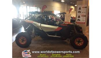 2019 Maverick™ X3 X™ rs Turbo R - Gold, Red & Silver