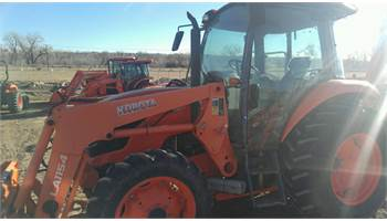 2013 M6060HDC 4WD W/HYD Shuttle w/Backhoe