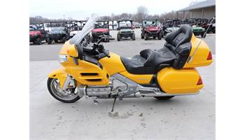 2005 GOLD WING 1800