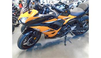 2019 Ninja® 650 ABS - Candy Orange/Metallic Black
