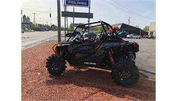 2019 RZR highlifter